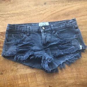 One teaspoon jean shorts. Size 25